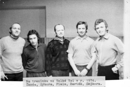 Trenink 1974